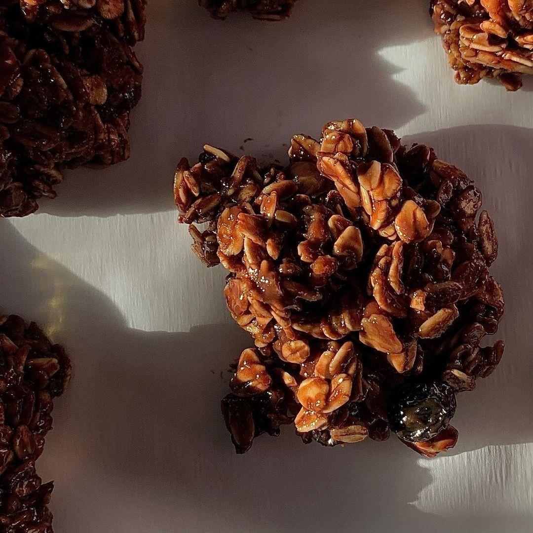 Choco Granola Bites